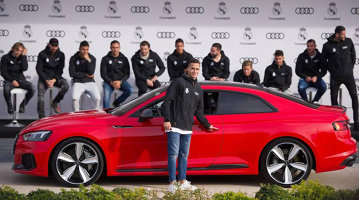 Jucătorii echipei Real Madrid şi-au primit maşinile. Ce Audi va conduce Cristiano Ronaldo - VIDEO