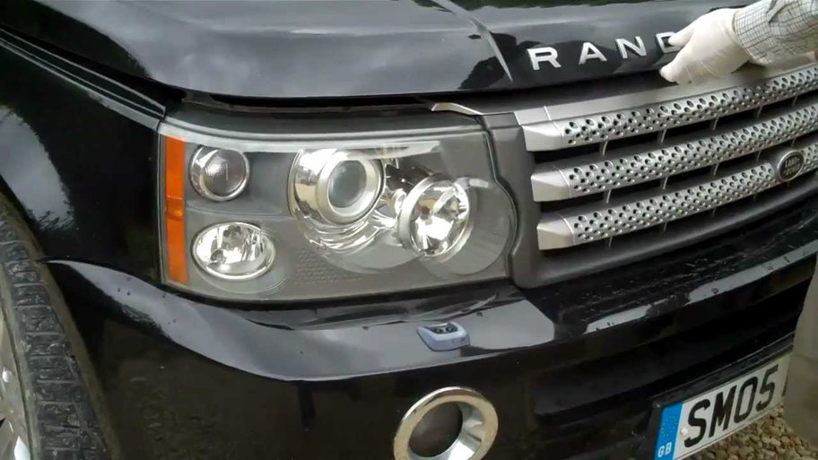 ProMotor NEWS: Hoţii fură farurile LED de pe Range Rover-uri pentru a le vinde... crescătorilor de canabis