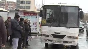 2018: Oraşul din România unde autobuzele ajung în staţii o dată pe oră