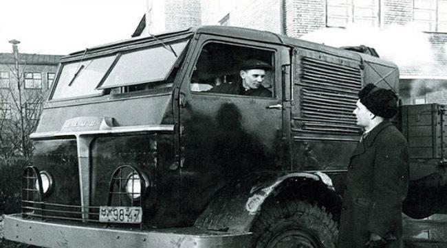 Povestea lui NAMI-012 - Camionul rusesc cu motor cu aburi - FOTO