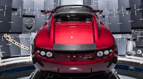 Oare cum vor creşte vânzările Tesla după clipa asta genială de marketing?
