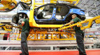 Brexitul face prima victimă în industria auto. Ce fabrică a început să concedieze oameni
