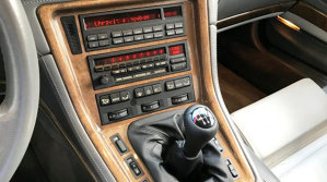 Un BMW de poveste este de vânzare, în România - BMW 850 CSI. McLaren a împrumutat de la el motorul pentru F1 - FOTO