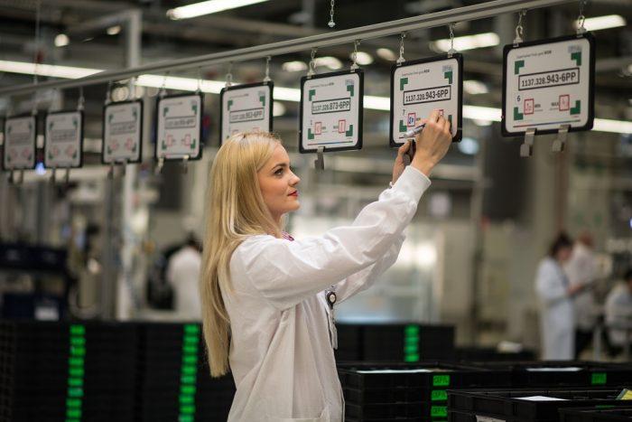 Bosch angajează în România. Pe posturile astea se poate angaja oricine