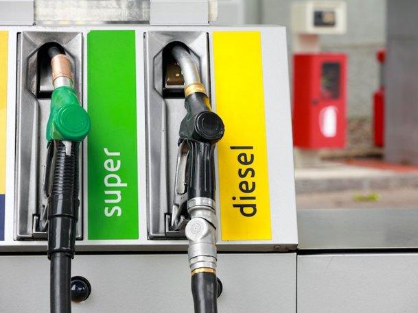 Diesel-ul în România, avantaje şi dezavantaje acum şi mai încolo