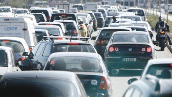 Primăria a luat decizia care schimbă complet traficul din Bucureşti. Autorităţile încep lucrăile din 2018. Sunt 240 de km de construit