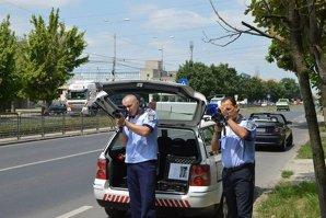 Recorduri de viteză pe şoselele din România. În top se află şi o şoferiţă de 19 ani