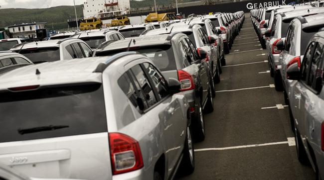 china-va-reduce-taxele-de-import-pentru-autovehicule-la-15