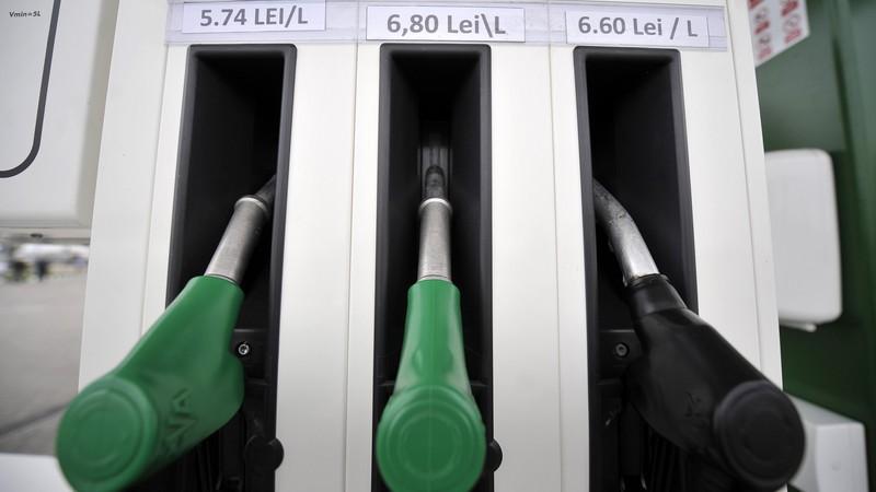 Preţurile carburanţilor: România vs UE. Avem benzină ieftină şi motorină scumpă