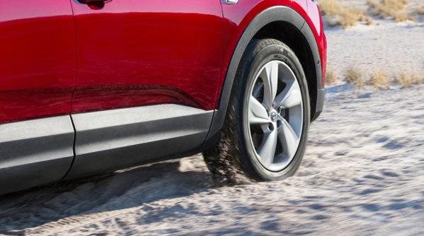 Opel Grandland X şi-a mai adjudecat un premiu