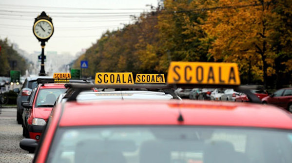 Codul Rutier ar putea fi modificat pentru cei care susţin examenul auto
