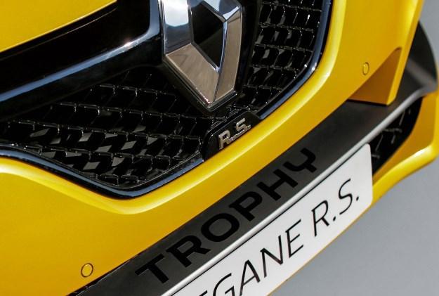 noul-renault-megane-rs-trophy-prime