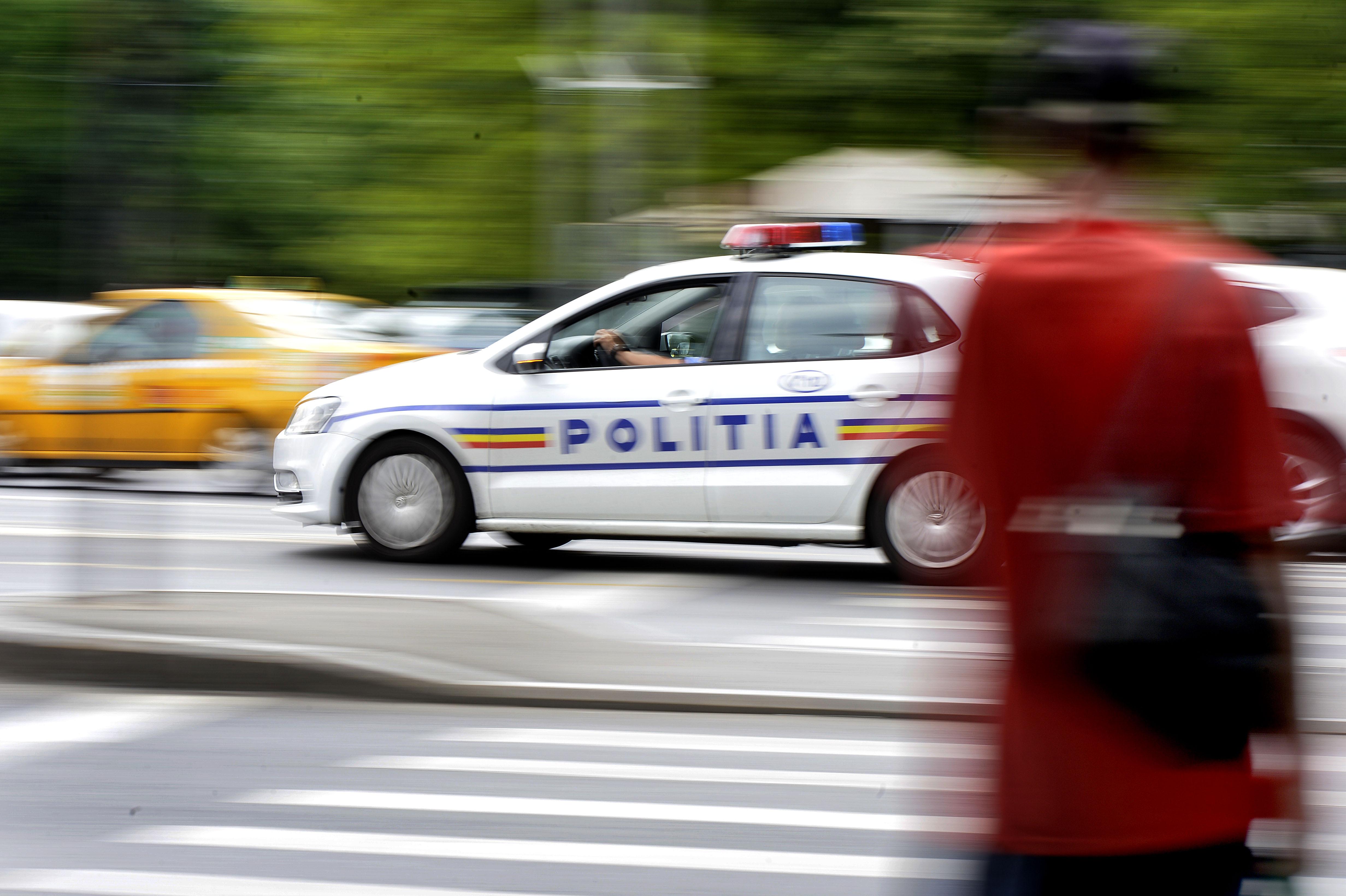 Şoferiţă în vârstă de 19 ani, surprinsă de radar cu 87 km/oră în Bucureşti, sub influenţa drogurilor