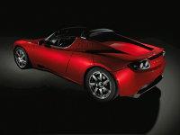 Tesla Roadster intră în producţia de serie