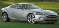 Jaguar XK Coupe stabileşte standardele de eleganţă.