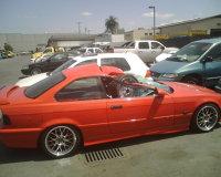 BMW M3 distrus de o roata