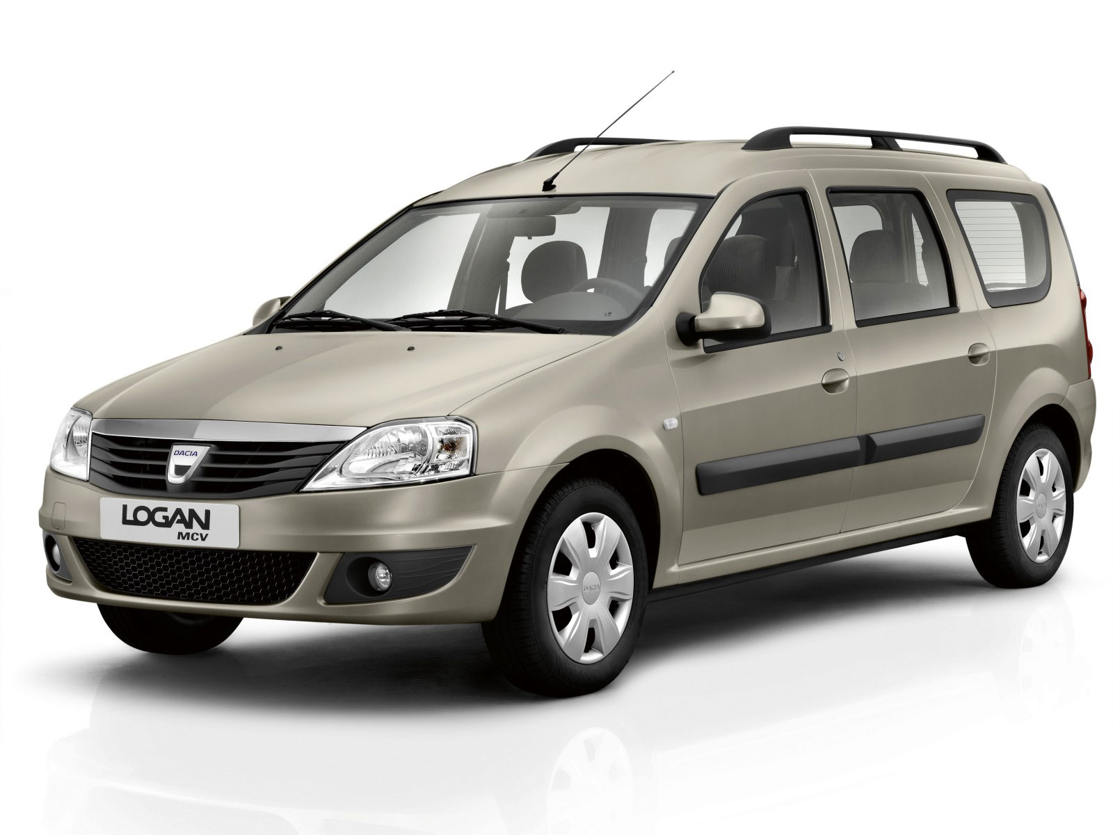 imagini dacia logan mcv facelift lansat oficial. Black Bedroom Furniture Sets. Home Design Ideas