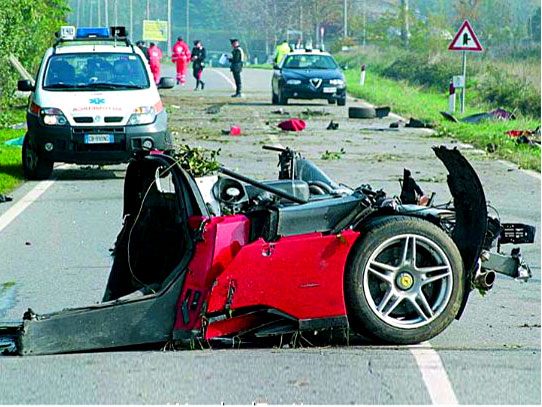 Cele mai urâte accidente rutiere din istorie [GALERIE FOTO]