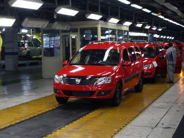 Promotor.ro în vizită la uzina Dacia