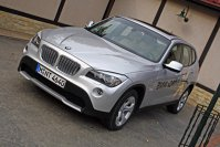 BMW X1, scurt contact
