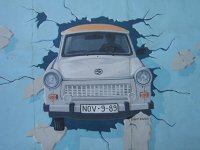 Trabant - grafitti Berlin