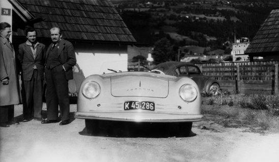 Primul Porsche si creatorii sai