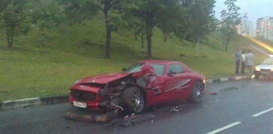SLS AMG accident