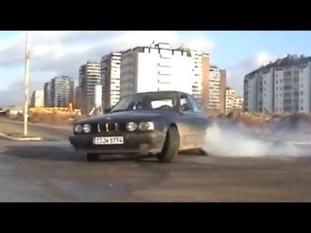 Drifturi periculoase cu BMW Seria 5