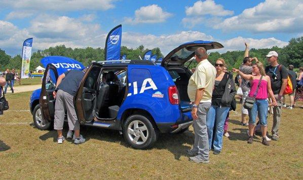 Dacia Duster a suscitat cel mai mare interes la picnicul Dacia