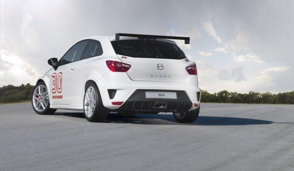Ibiza SC Tropy este mai joasă cu 40 mm faţă de modelul de serie