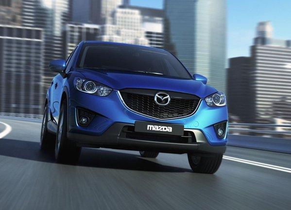 Noua Mazda CX-5 are un aspect sportiv si chiar agresiv, anuntandu-se un concurent de temut intre SUV-urile compacte