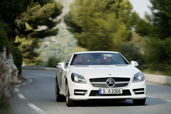 Mercedes-Benz SLK 250 CDI are un motor de 2,2 litri si 204 CP