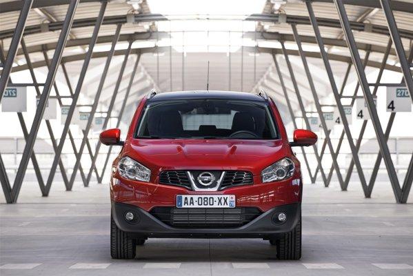 Noua versiune Nissan Qashqai 1.6 dCi o inlocuieste pe cea cu motorul 2.0 dCi
