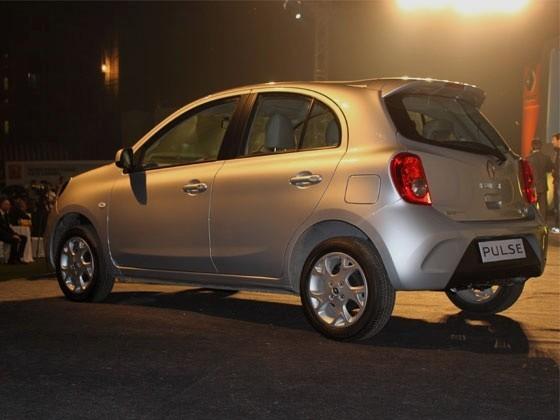 Renault Pulse este un Nissan Micra redesenat in stil Renault, special pentru indieni