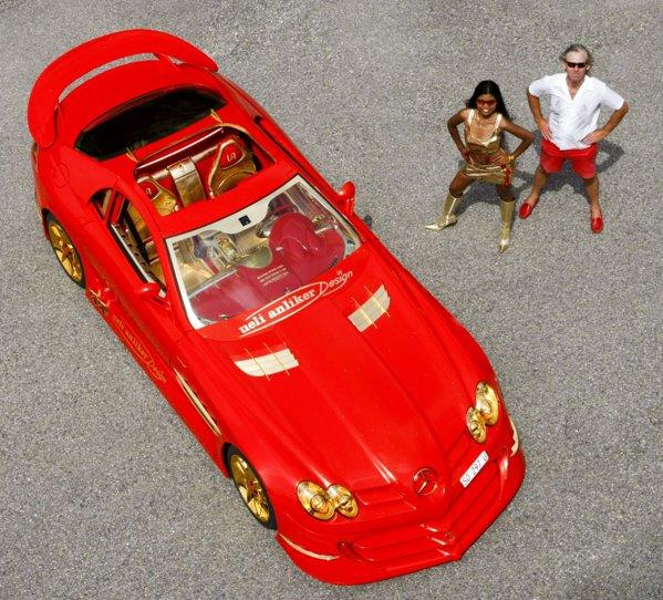 SLR 999 Red Gold Dream costa 8 milioane de euro! E cineva interesat?