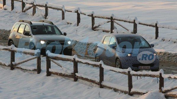 Cel mai probabil, masina camuflata este versiunea de serie a masinii electrice Renault ZOE