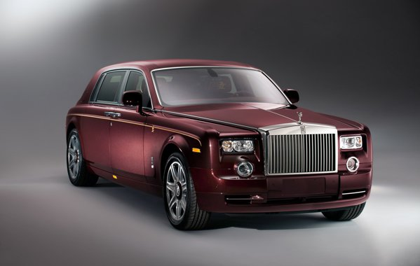 Pretul in China pentru Rolls Royce Phantom Year of the Dragon e de 1,2 milioane USD