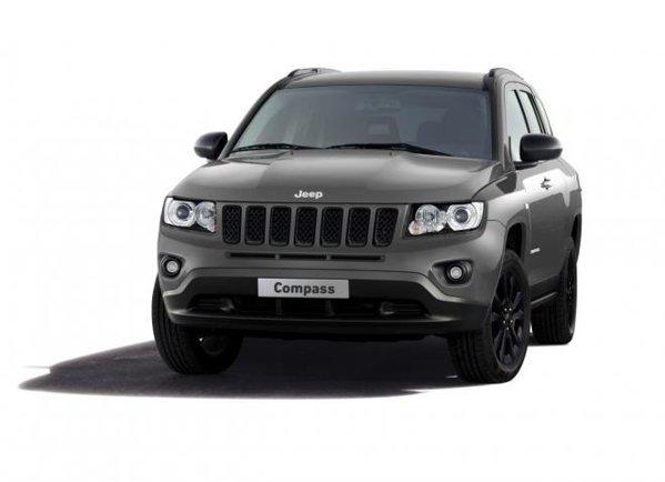 Jeep Compass Black Look pluseaza cu un aspect mai sobru si multe dotari