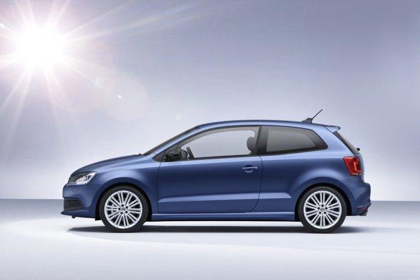 Consumul mediu al lui Volkswagen Polo BlueGT se cifreaza la 4,7 litri/100 km, sau 4,5 cu DSG