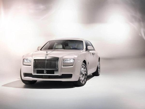 Rolls Royce Ghost Six Senses este particularizat la nivel de detalii