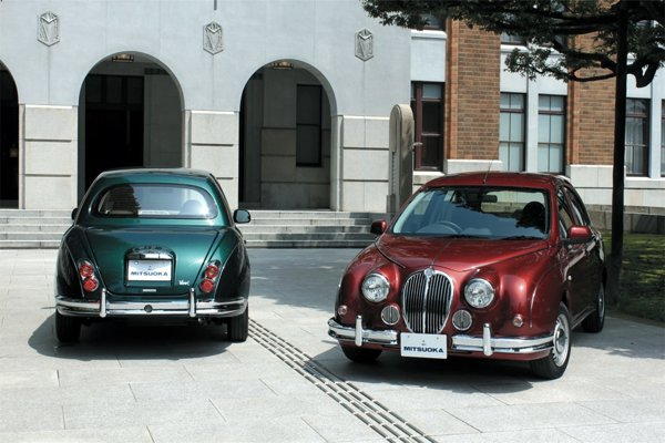 Mitsuoka Viewt are un stil care aminteste de Jaguar MKII, la fel ca versiunile precedente