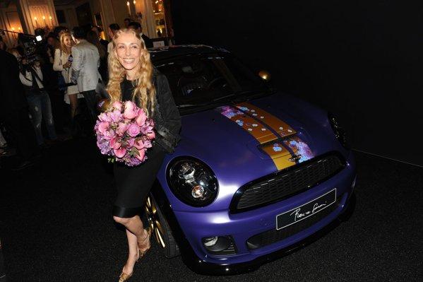 Mini Roadster by Franca Sozzani, redactor sef Vogue, la evenimentul Life Ball 2012
