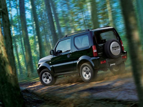 Suzuki Jimny facelift 2012 va fi lansat pe piata europeana la Salonul Auto Paris 2012