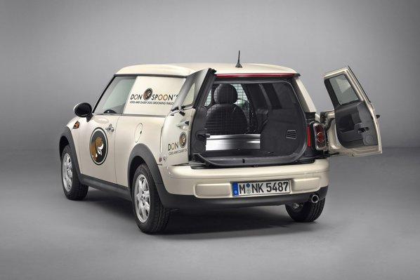 Spatiul de incarcare al lui Mini Clubvan are 115 cm lungime si o capacitate de peste 800 litri