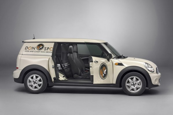 Desi e utilitara, Minio Clubvan nu renunta la dotarile premium