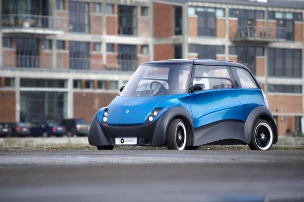EcoMOVE QBEAK are doua motoare electrice in roti, iar bateriile-modul sunt sub podea