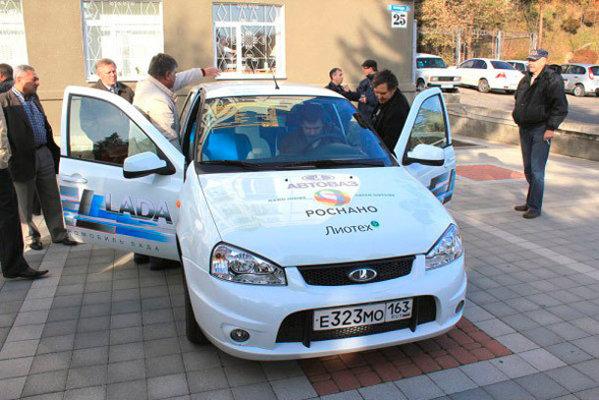 Lada EL are un motor electric de 60 kW si promite o autonomie maxima de 150 km