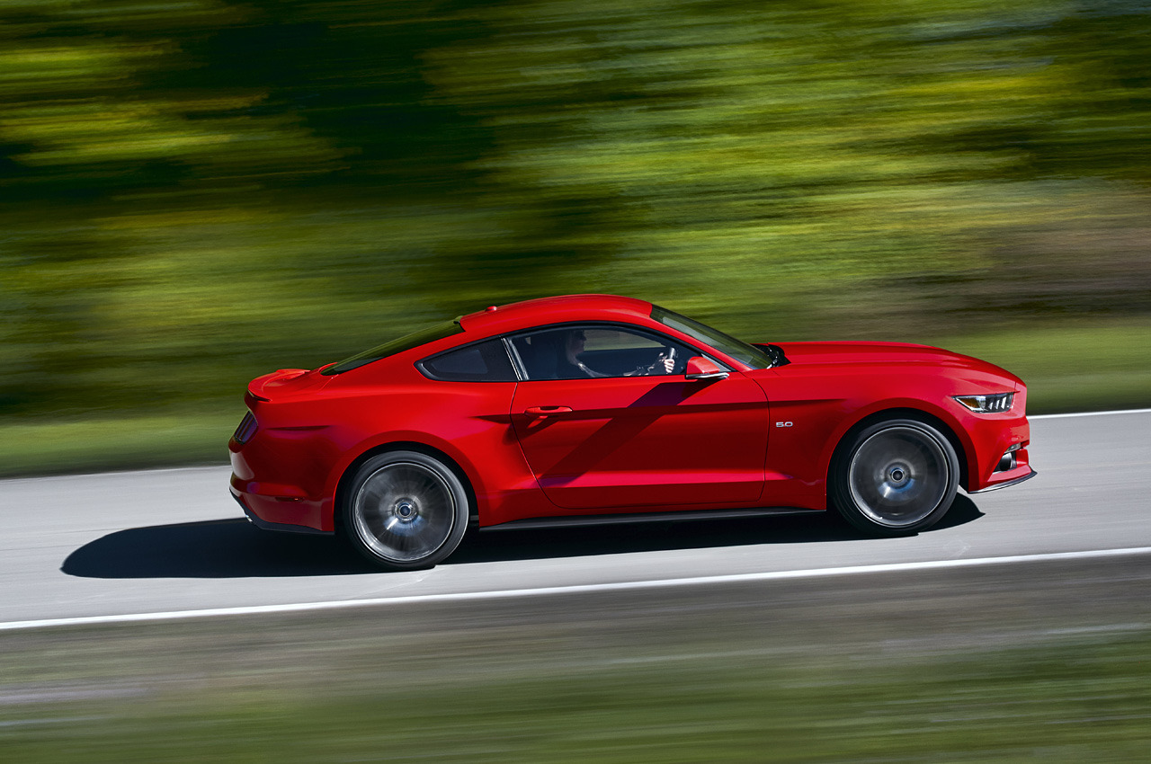 Noul Ford Mustang Detalii Poze şi Video Cu Noul Mustang
