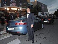 Carlos Ghosn mândru de ultimul model Renault