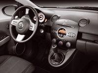Mazda2 - trei uşi, interior generos